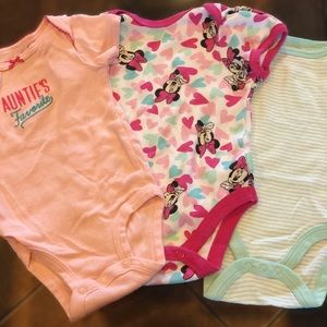 Other - 🎀 Set of 3 Onesies